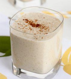 Groene smoothie met peer en speculaaskruiden - Powered by Smoothies Detox, Apple Smoothies, Smoothie Drinks, Detox Drinks, Smoothie Vert, Natural Detox, Exotic Food, Detox Your Body, Liver Detox