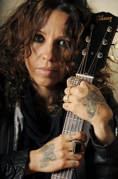 Linda Perry - US songwriter and singer Music Love, Music Is Life, Rock Music, My Music, Non Blondes, Women Of Rock, Fierce Women, Music Heals, New Poster