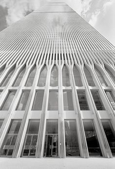 conducted business in the World Trade Center (by Gene Daly) World Trade Towers, World Trade Center Nyc, Trade Centre, Architecture Photo, Amazing Architecture, Jaali Design, North Tower, New York Photography, Visiting Nyc