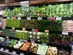 Retail Design | Produce Display | Store Design | visual merchandising | vegetable in supermarket