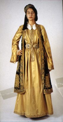 Traditional festive costume from Ioannina (northern Greece).  Style: urban, mid-19th century.  Ioannina (Greece)