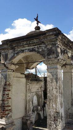 Tumba. Cementerio viejo de Yauco