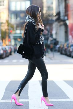 black & white + pop of pink fall outfit #fashion #style