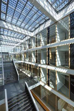 Image 3 of 39 from gallery of Grotius Building of Radboud University Nijmegen / Benthem Crouwel Architects. Photograph by Jannes Linders Solar Energy, Solar Power, Renewable Energy, University Architecture, Student House, Solar Panels For Home, Solar Panel Installation, Healthcare Design, Through The Window