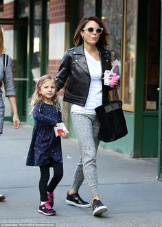 Best mom ever: Bethenny Frankel treated her daughter Bryn to a special after school treat ...