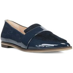 Dr. Scholls Ashah Patent Leather and Suede Flats (1,915 MXN) ❤ liked on Polyvore featuring shoes, flats, navy blue, flat shoes, suede shoes, navy patent leather flats, patent leather shoes and suede flats