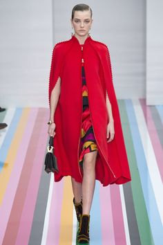 #SalvatoreFerragamo  #fashion  #Koshchenets     Salvatore Ferragamo Fall 2016 Ready-to-Wear Collection Photos - Vogue