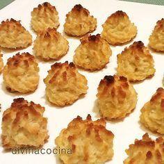 Para preparar estos coquitos, necesitaremos: 150 gr de azúcar glas – 200 gr de coco rallado – 3 huevos – 3 cucharadas de harina (mejor maizena) – 1 cucharadita de esencia de vainilla (opcional)