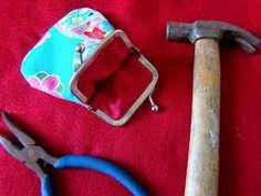 ana sinhana: Modo de fazer a quatro mãos: bolsinha da vovó