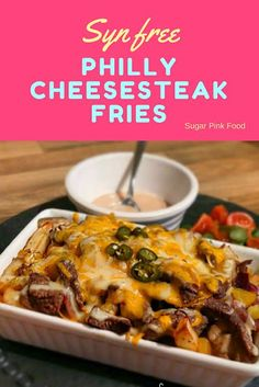 Syn free Philly Cheesesteak Fries Slimming World friendlyYou can find Slimming world recipes and more on our website.Syn free Philly Cheesesteak Fries Slimming World friendly Slimming World Beef Recipes, Slimming World Fakeaway, Slimming World Dinners, Slimming World Chicken Recipes, Slimming World Breakfast, Slimming Eats, Slimming World Lunch Ideas, Fake Away Slimming World, Slimming World Sticky Chicken