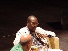 Mahamat+Saleh+Haroun,+cinéaste+:+L'un+de+ces+hommes+lorsqu'on+les+croise+ou+qu'on+a+l'occasion+de+voir+l'une+de+ses+œuvres,+qui+fait+qu'on+est+moins+stupides+après.+Ce+doit+être+un+grand+honneur+de+l'avoir+comme+ami.  [vendredi+8+juillet+2011,+salle+Verdière,+La+Coursive,+La+Rochelle]+|+gilda_f