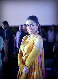 IFFI Photos of Hot & Sexy Shraddha Kapoor Subhash in Yellow dress at International Film Festival of India - HD Photos Beautiful Bollywood Actress, Beautiful Actresses, Bollywood Celebrities, Bollywood Fashion, Beautiful Girl Image, International Film Festival, Woman Crush, Indian Outfits, Indian Beauty