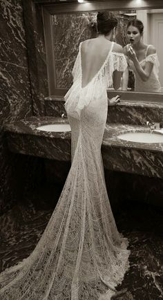 sexy&charming wedding dress