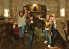 Supernatural Fanfiction, Supernatural Destiel, Castiel, Supernatural Pictures, Supernatural Wallpaper, Jensen And Misha, Jensen Ackles, Sam E Dean Winchester, Winchester Brothers