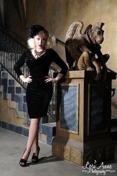 Deadly Dames Film Noir Dress Black Velvet | Pinup Girl Clothing