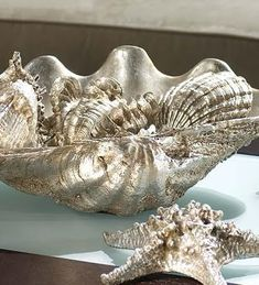 Where to Buy Faux Giant Clam Shells Online to Use as Planters, Vases and Sculptures Seashell Crafts, Beach Crafts, Seashell Art, Coastal Style, Coastal Decor, Marine Style, Giant Clam Shell, Coastal Christmas, Beach House Decor