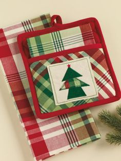 Cozy Christmas Applique Potholder and Towel Gift Set by Design Imports