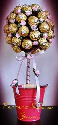 Lovely birthday suprise for someone with a sweet tooth! (Chocolate Bouquet Convocation)