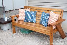 Wood Patio Furniture, Outdoor Furniture Plans, Diy Garden Furniture, Diy Furniture Easy, Woodworking Furniture Plans, Outdoor Sofa, Outdoor Decor, Diy Storage Bench, Diy Bench