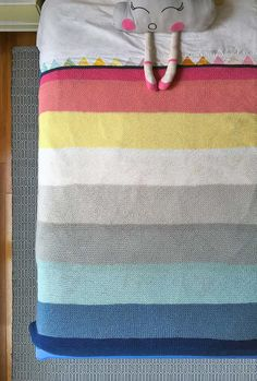 I want to learn to knit so I can make this blanket.