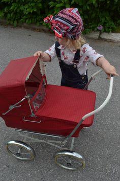 . Pram Stroller, Baby Strollers, Prams And Pushchairs, Dolls Prams, Retro, Children, Photos, Vintage, Childhood