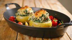 Koolrabi met spinazie, walnoten en ricotta | Dagelijkse kost Ricotta, Vegetarian Recipes, Oven, Food And Drink, Low Carb, Stuffed Peppers, Dinner, Vegetables, Cooking