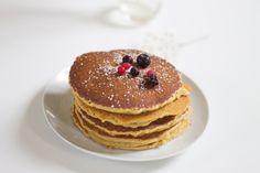 Les pancakes font un parfait petit-déjeuner pour les week-ends ou même les matins de semaine an ayant préparé la pâte la veille.