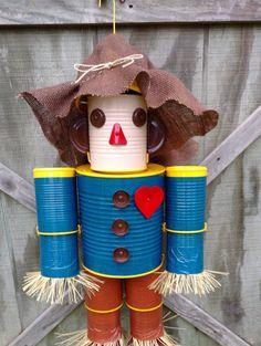 Handmade Wizard of Oz Scarecrow Tin Man, lion, Witch, Dorothy or original tin man Hecho a mano Mago de Oz Scarecrow Tin Man por Jtinmen en Etsy Aluminum Can Crafts, Tin Can Crafts, Metal Crafts, Fall Crafts, Halloween Crafts, Diy And Crafts, Crafts For Kids, Halloween Stuff, Crafts With Tin Cans