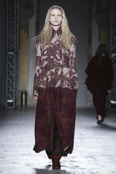 Uma Wang Ready to Wear Fall Winter 2015 Collection in Milan