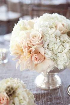 romantic vintage reception wedding flowers,  Centrotavola Fiori Rosa - Matrimonio Romantico & Elegante