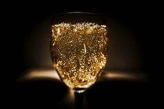 The Essential Champagne and Sparkling Wine Infographic White Wine, Red Wine, Wine Infographic, Prosecco Doc, Grand Cru, Bar Accessories, Sparkling Wine, Wine Glass, Alcoholic Drinks