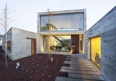 Casa en Cassà / Ricard Galiana + Yago Oliva