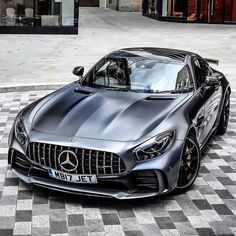 Mercedes Benz AMG GT R mercedes Sportwagen luxuswagen coolcars Mercedes Benz Amg, Mercedes Auto, Benz Car, Ferrari Auto, Van 4x4, Carros Audi, Bmw Z4 Roadster, Porsche, Mercedez Benz