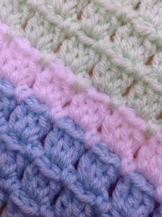 [Free Pattern] Adorable Block Stitch Baby Blanket - Knit And Crochet Daily Crochet Afghans, Crochet Baby Blanket Free Pattern, Crochet Flower Patterns, Crochet Stitches Patterns, Knitting Patterns, Knit Crochet, Free Crochet, Crochet Block Stitch, Crochet Blocks