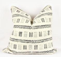 "Jungle Ivory Mudcloth Pillow 24"" x 24"""