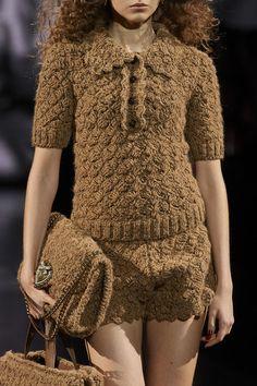 Dolce & Gabbana Fall 2020 Ready-to-Wear Collection - Vogue Fashion Week, Fashion 2020, Runway Fashion, High Fashion, Winter Fashion, Milan Fashion, Fashion Fashion, Dolce & Gabbana, Knitwear Fashion
