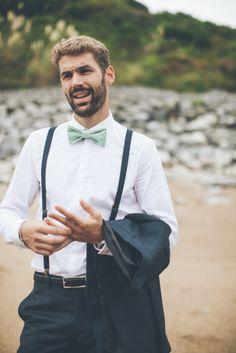 You searched for mariage basque - la mariee aux pieds nus Summer Wedding Suits, Wedding Men, Wedding Groom, Wedding Attire, Wedding Dresses, French Wedding, Casual Wedding, Groom Outfit, Groom Attire