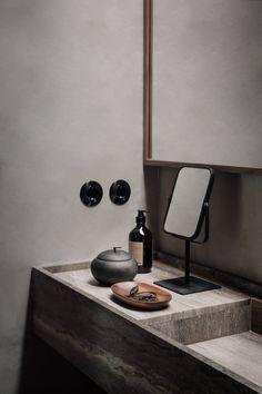 Casa Cook Chania - Annabell Kutucu Minimalist Bathroom, Modern Bathroom, Nature Bathroom, White Bathroom, Bathroom Wall, Bathroom Ideas, Bathroom Inspiration, Interior Inspiration, Interior Styling