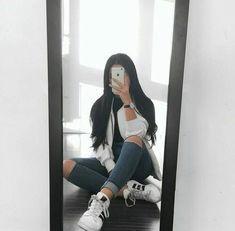 simple but cute Cute Girl Photo, Girl Photo Poses, Girl Photos, Teen Fashion Outfits, Casual Outfits, Girl Outfits, Cute Outfits, Classic Outfits For Women, Looks Adidas