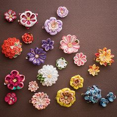 つまみ細工の花