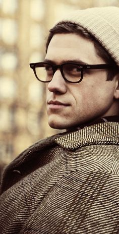 Aaron Tveit (Les Miserables, Catch Me If You Can)