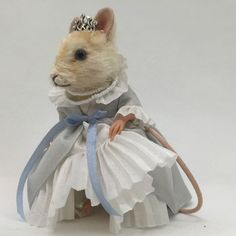 Looking for R John Wright Fairy Tale Mouse Cinderella? We can help! Actual pics! #RJohnWright