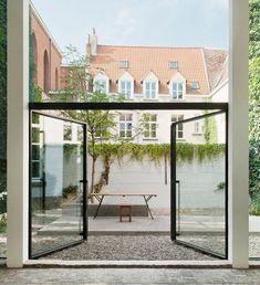 Galerist Valerie Traan at Home in Antwerp : Remodelista