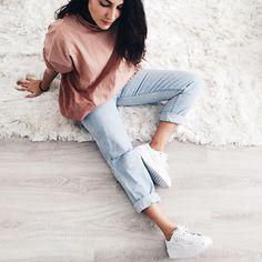 """81.7 mil Me gusta, 217 comentarios - Alba Paul Ferrer (@albapaulfe) en Instagram: """"Ayer recibi esta maravilla de sneakers  de @awlab exclusivas en sus tiendas y web, estoy encantada…"""""""