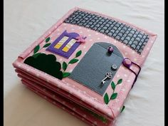 She's So Bright - Artist Kiyomi's Miniature French World She's So Bright - Artist Kiyomi's Miniature French World - chilibar Diy Quiet Books, Baby Quiet Book, Felt Quiet Books, Quiet Book Templates, Quiet Book Patterns, Felt Doll House, Silent Book, Sewing Dolls, Dolls Dolls