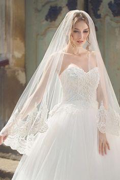 Cos produs 2 The Bride, Bride Gowns, Blusher, Wedding Bells, White Dress, Bridal, Veils, Cos, Wedding Dresses