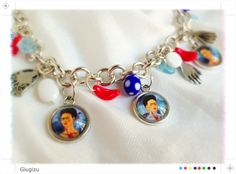 "Frida Kahlo ""Las dos Fridas"" inspired bracelet, more infos on my blog here: http://giugizu.blogspot.it/2013/09/las-dos-fridas-accessories-frida-kahlo.html"