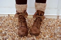 I am trying to find a pair of boots like these....