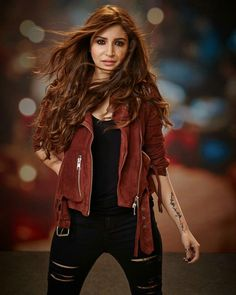 See more about Anushka Sharma, Cute Fall Outfits and Actresses, Fall Outfits to Copy ASAP. Anushka Sharma in casuals. Anushka Sharma, Priyanka Chopra, Bollywood Stars, Bollywood Fashion, Bollywood Celebrities, Bollywood Actress, Celebrity Photos, Celebrity Style, Chic Outfits