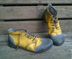 Leather handmade shoes | Обувь ручной работы. Ярмарка Мастеров - ручная работа. Купить Броги из нубука BARCELONA серо-желтые. Handmade. Желтый, броги